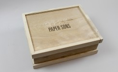Paper Sons - Game Box